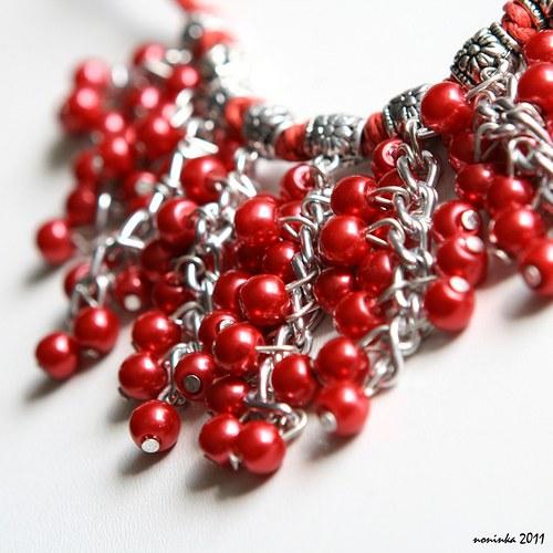 Rudý bohatý náhrdelník a náušnice