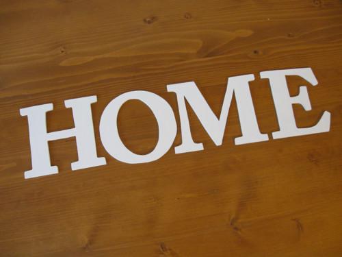 Dřevěná dekorace - písmenka 10,5cm