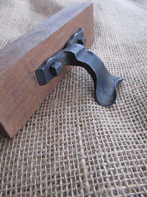 nábytkové kování - madlo ver. 1