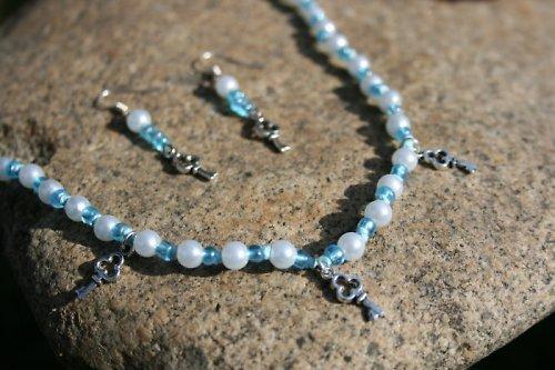 """Sada náhrdelník + náušnice \""""perly, korálky+klíče\"""""""
