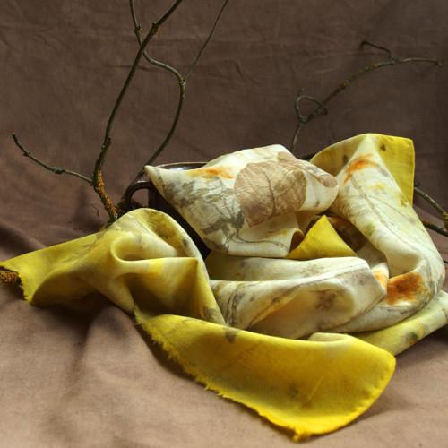 Rozkvetlá kakosta - vlněný šál S29 - eco print