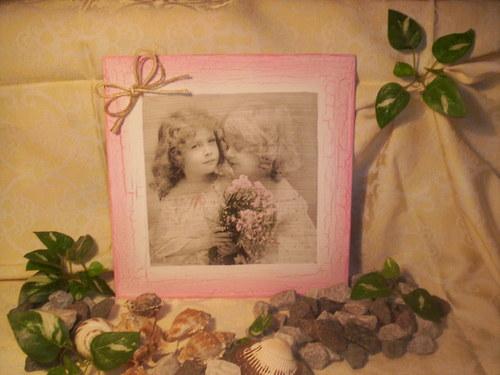 Dětičky s kyticí květů.....