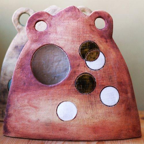 Keramická váza ufonská v červené