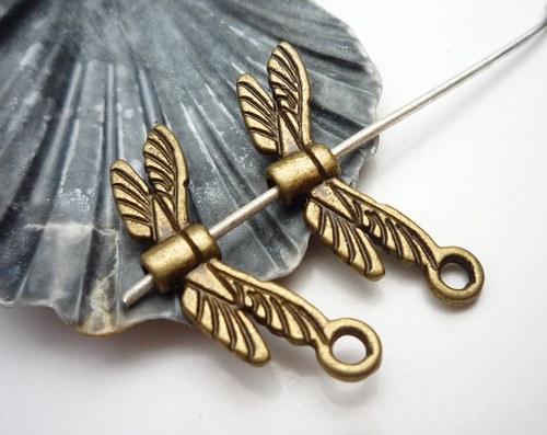 staromosazná křídla vážky  2 ks