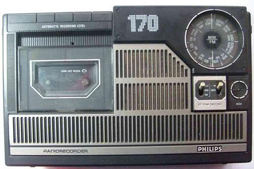 * Radiorecorder * PHILIPS * 70.tá léta * FM + MW *