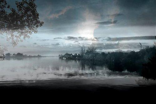 Opar nad rybníkem