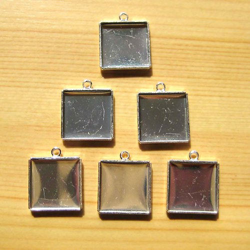 Lůžko čtverec 1,8 x 1,8 cm