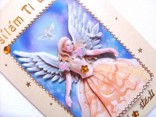 Blahopřání s andělskou vílou a křídly