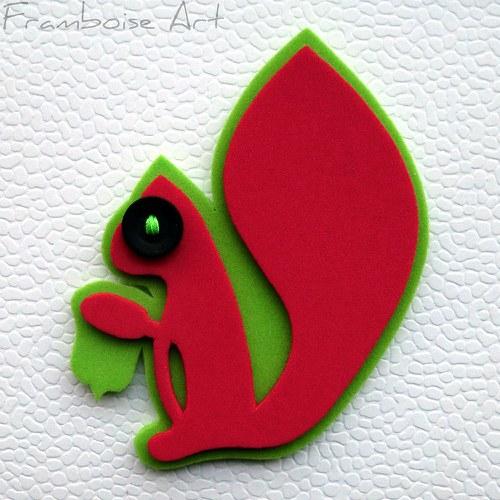 Červeno zelená veverka