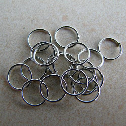 Spojovací kroužek 100 ks - platina