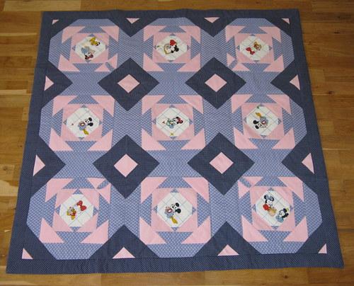 Hrací deka patchwork dětská - Mickey Mouse
