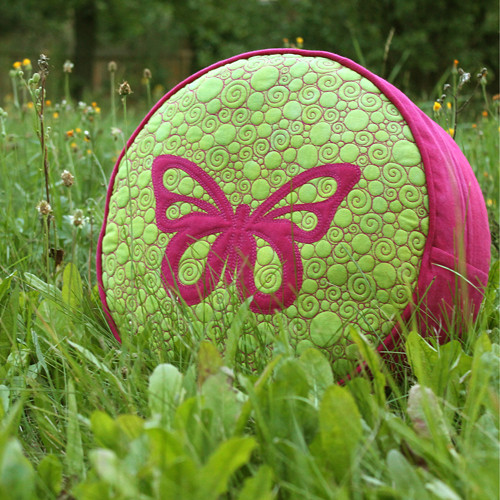 Sedák s motýlem