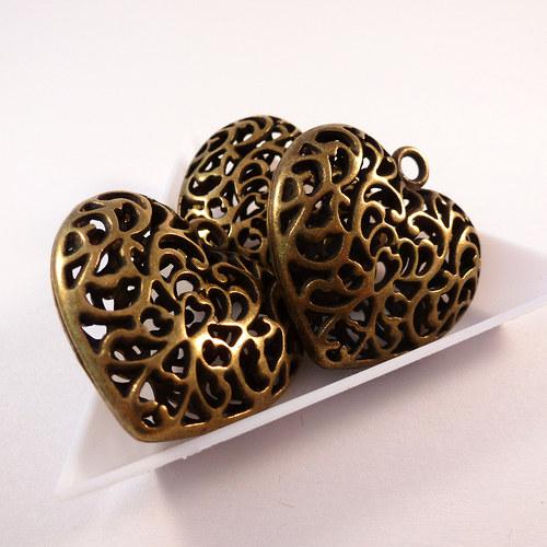 Přívěsek 3D srdce 35 mm starozlato 1 ks