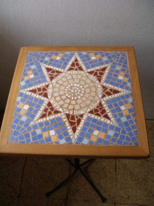 Čtvercový mozaikový stůl - hvězda