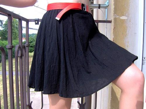 Kytičkovaná....bavlněná letní sukně