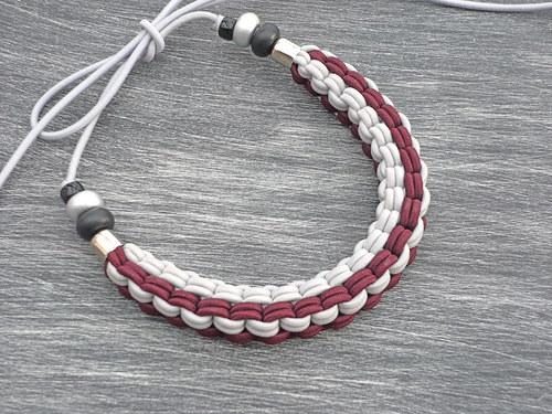 SLEVA-vínovošedý náhrdelník