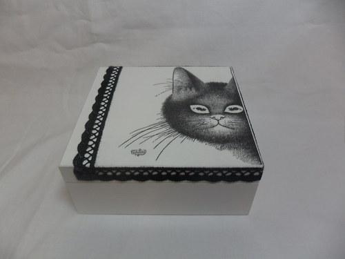 Kočičí šperkovnička