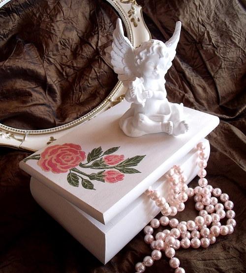 Malovaná šperkovnice Rosalia