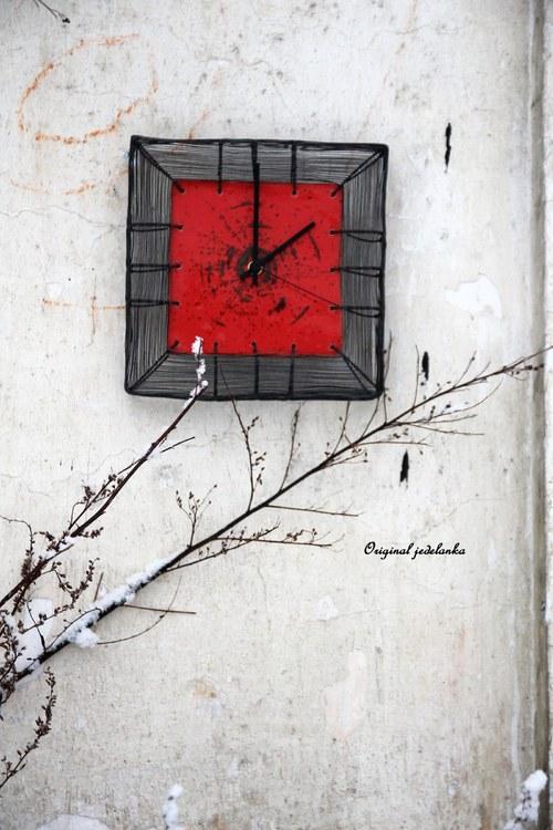 Zimě sluší barvy... drátované hodiny