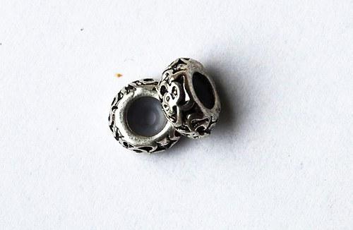 kovový korálek 5x11mm