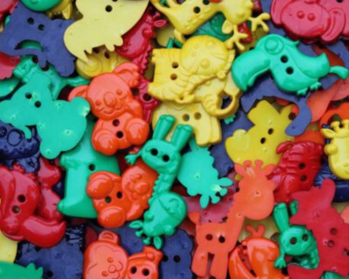 Knoflík plastový zvířátka barevná - SADA 5 KUSŮ
