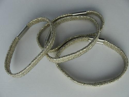 Gumička do vlasů, zlatá 0,5 cm