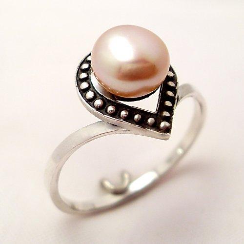 Prsten «Isida» - růžová (bílá) perla, stříbro