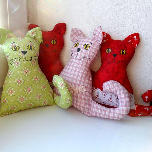 Mazlíci kočky - jednotlivě