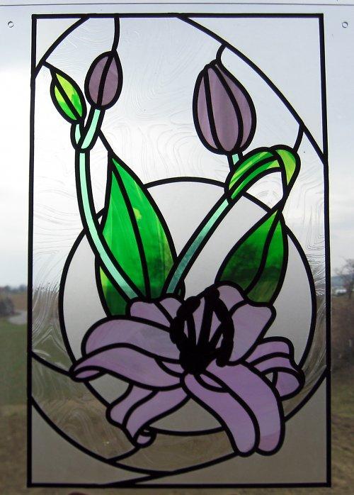 secesní lilie