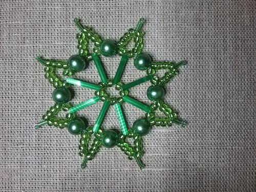 Vánoční hvězda zelená 8 cm