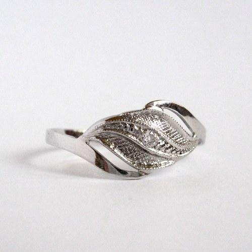 Zachyceno ve větru (zlatý prsten)