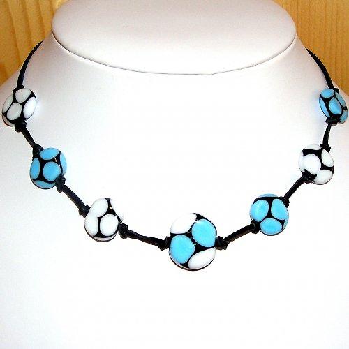 Černo - modro - bílé vinutí  -  vinuté perle