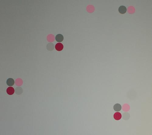 puntíkománie - velke puntiky na prani