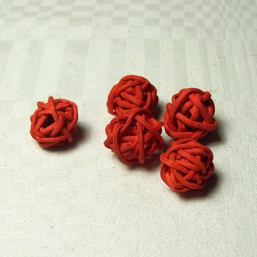 Kouličky červené prům. 1,5 cm, 5 ks