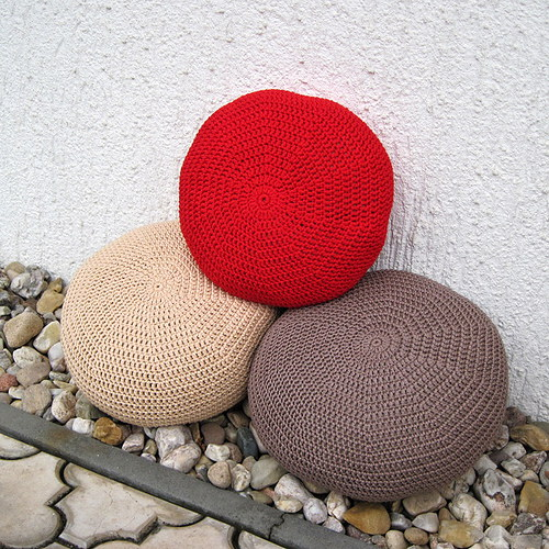 Sedák střední velikost - Červený výrazný