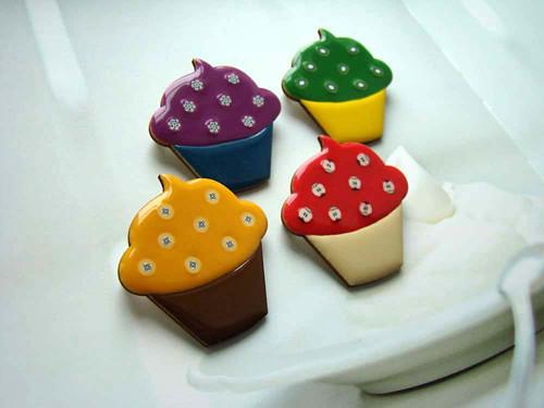 Cupcake pytahaiovo - borůvkový - brož