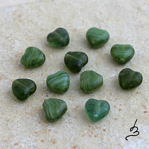 Srdíčka zelená - 40 ks