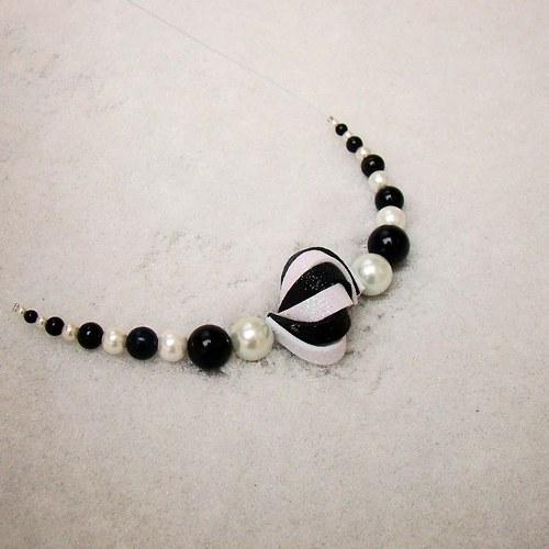 náhrdelník ulita třpytivá černobílá