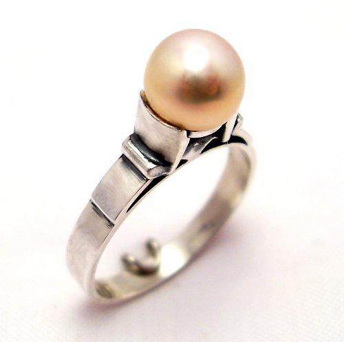 Prsten «Mořský svět» - růžová perla, stříbro