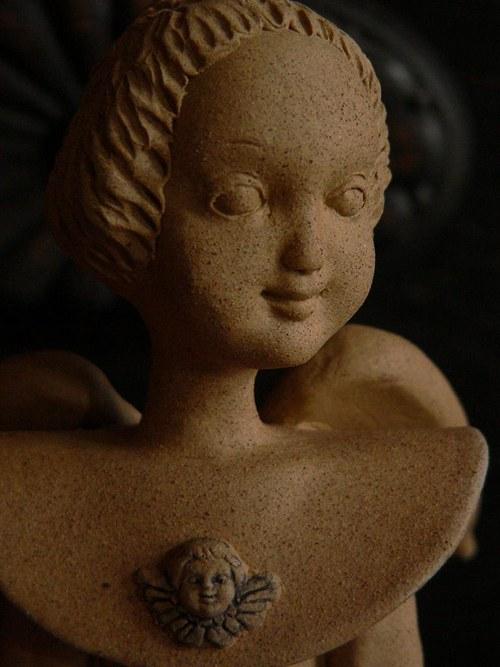 Anděl svícen-neglazovaný,cca 34cm