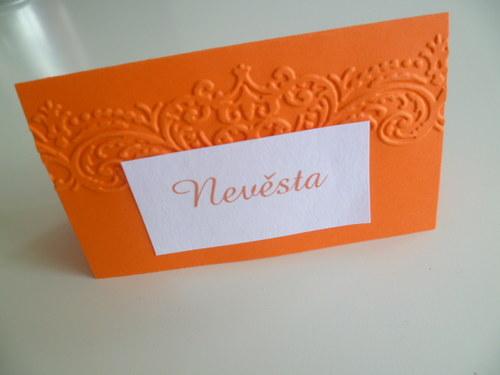 oranžové jmenovky s ornamentem
