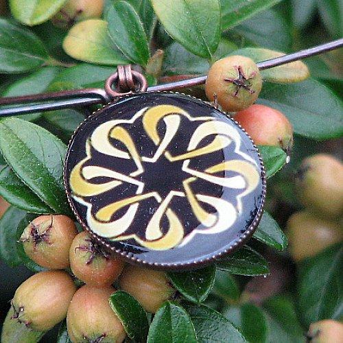 Ornament III sleva