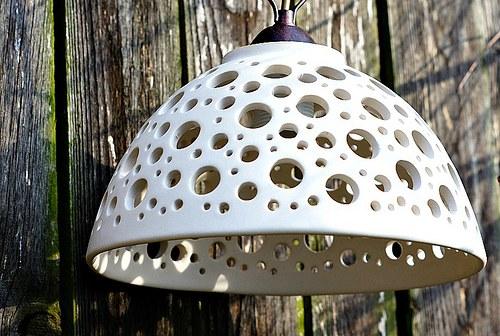 LAMPA / LUSTR na zavěšení - bílá