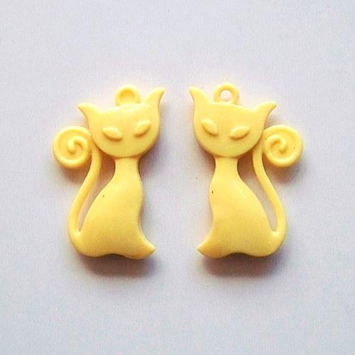 přívěsek kočka akryl/ žlutá/ 41x25mm/ 2ks