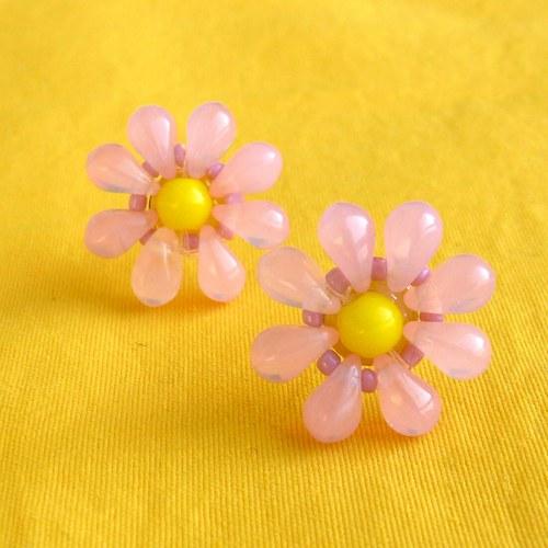 Retro náušnice růžové kytičky