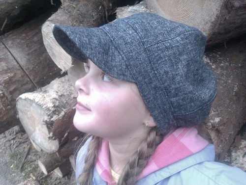 Džínová čapka