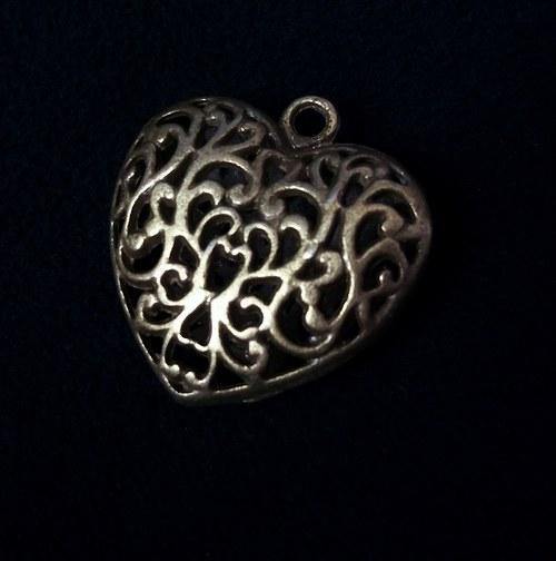 Přívěšek filigránové srdce