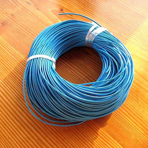 Kulatá Kůže 1mm - 1m - Světle Modrá