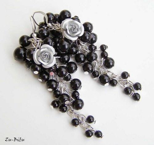 Čierne perličky, Sivá ružička