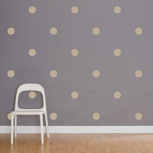 Puntíkovaná v béžové - puntíky na zeď průměr 10 cm